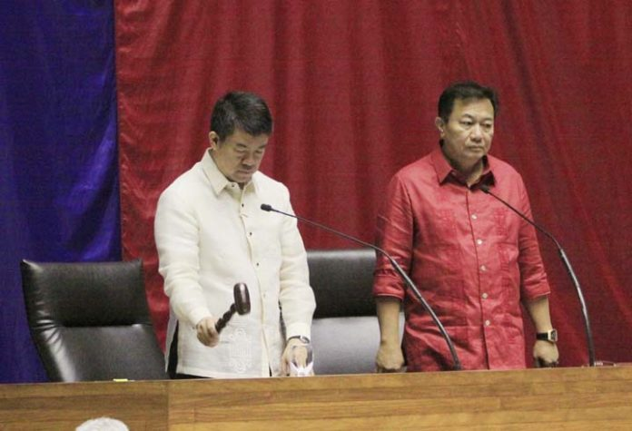 'Pathetic, bullying': Lacson, Pangilinan hit House's Cha-cha without Senate