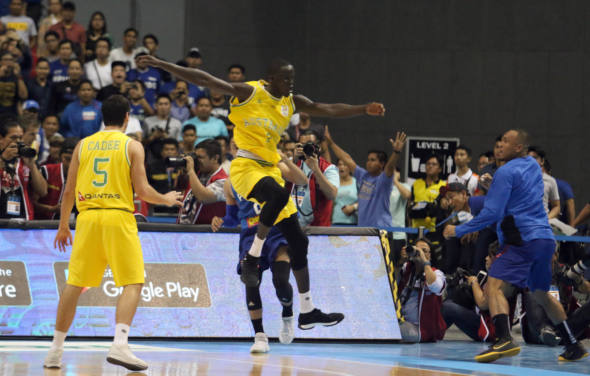 Australia vs Philippines basketball game erupts into ...