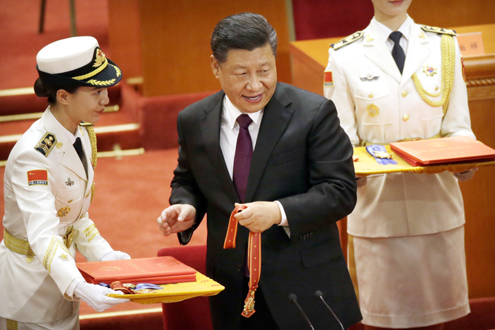 Xi Jinping says no one can 'dictate' China's economic path
