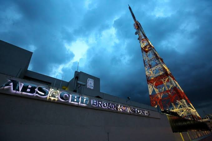 Tv5 Open To Let Lopezes Buy Block Airtime If Abs Cbn Doesn T Get Franchise Businessmirror