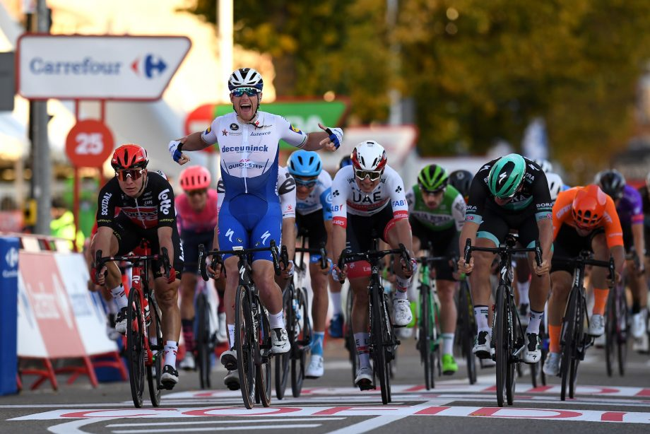 Ackermann wins Vuelta stage after Bennett relegated