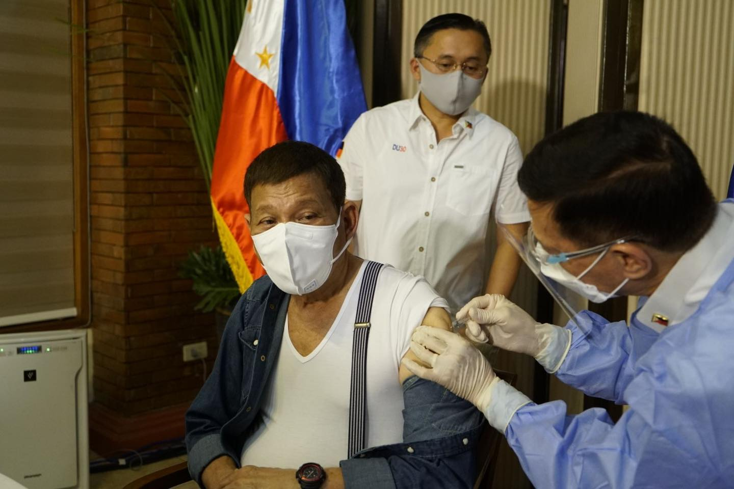 Duterte pulls out donated Sinopharm vaccine from PHL | Samuel Medenilla and Claudeth Mocon-Ciriaco - Business Mirror